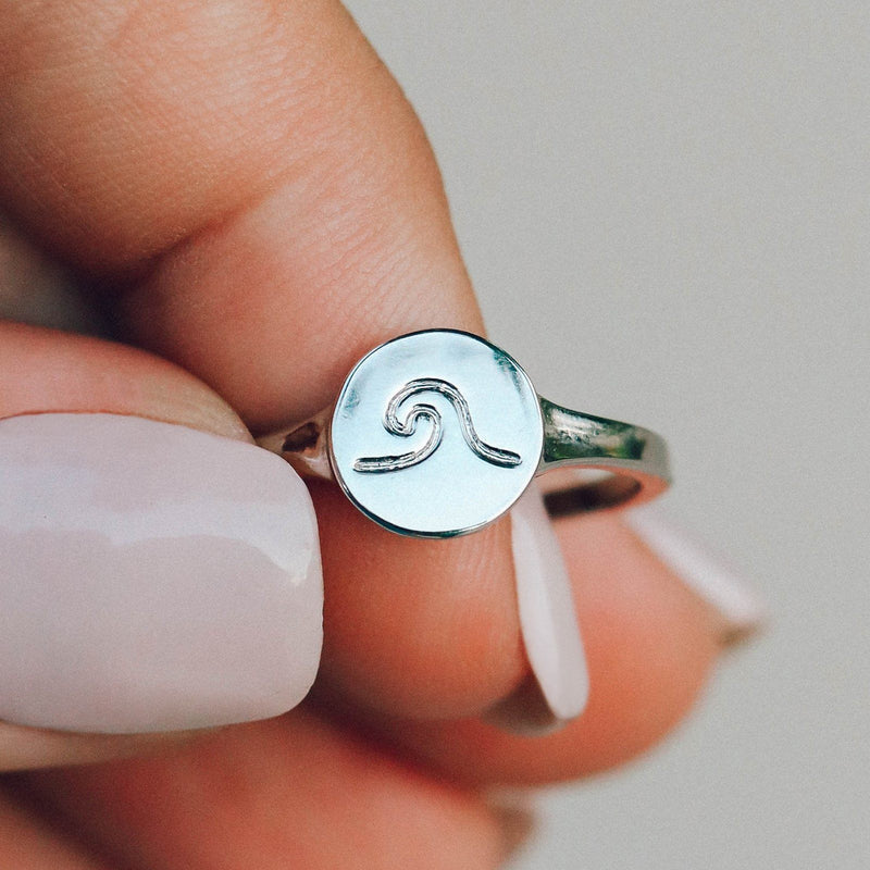 Wave Coin Ring 4