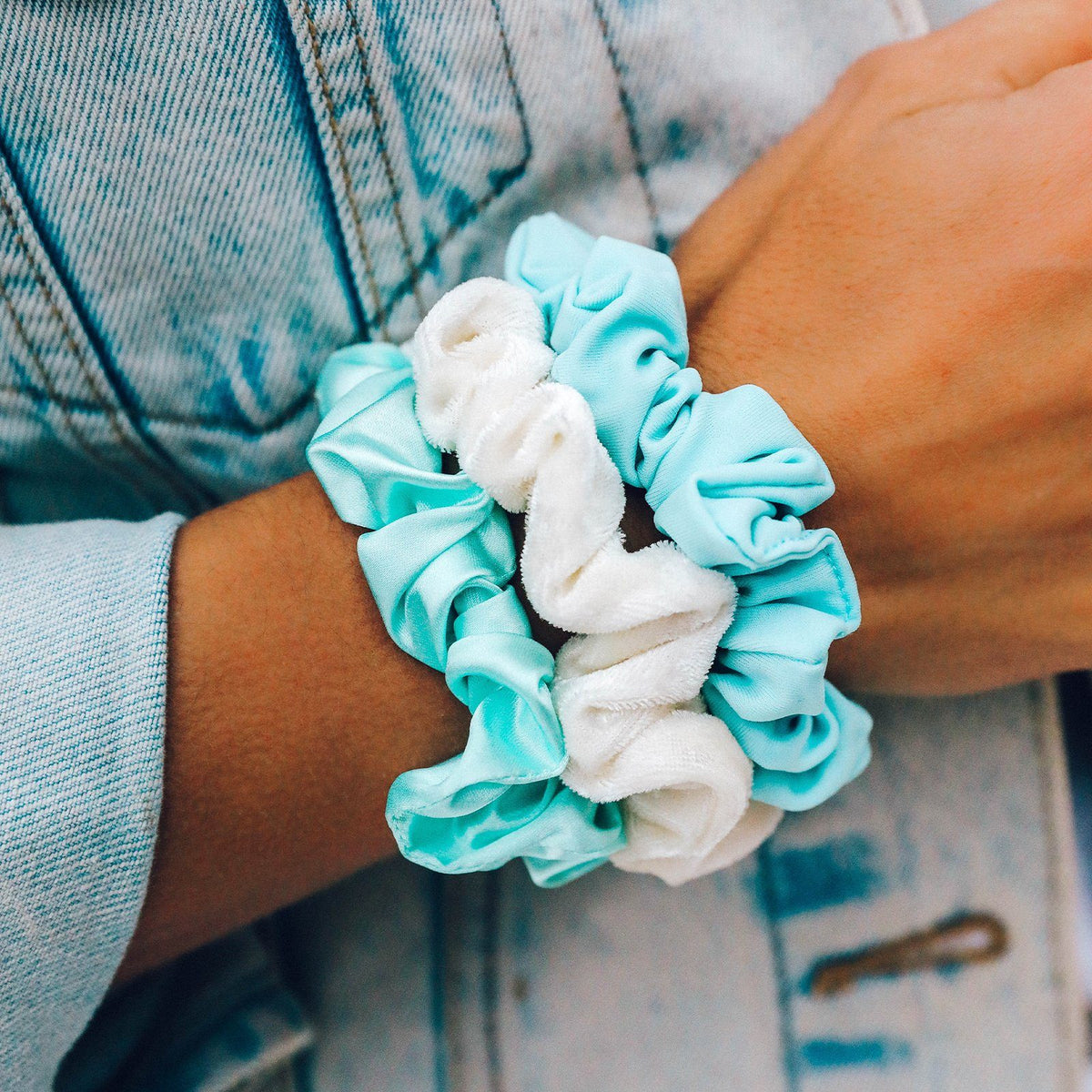 Wave Scrunchies (Set of 3) 3