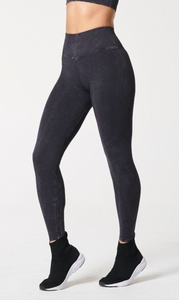 NUX One by One Legging in Black Mineral Wash