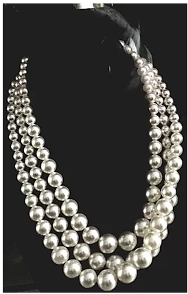 Layered White Pearls Necklace Set