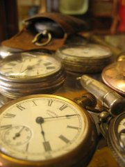 Multiple old fashioned pocket watches | MorgueFile License: No attribution required.