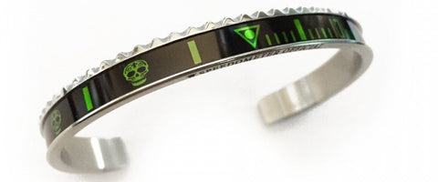 Speedometer Official - Steel Skull Bangle | Black w Green