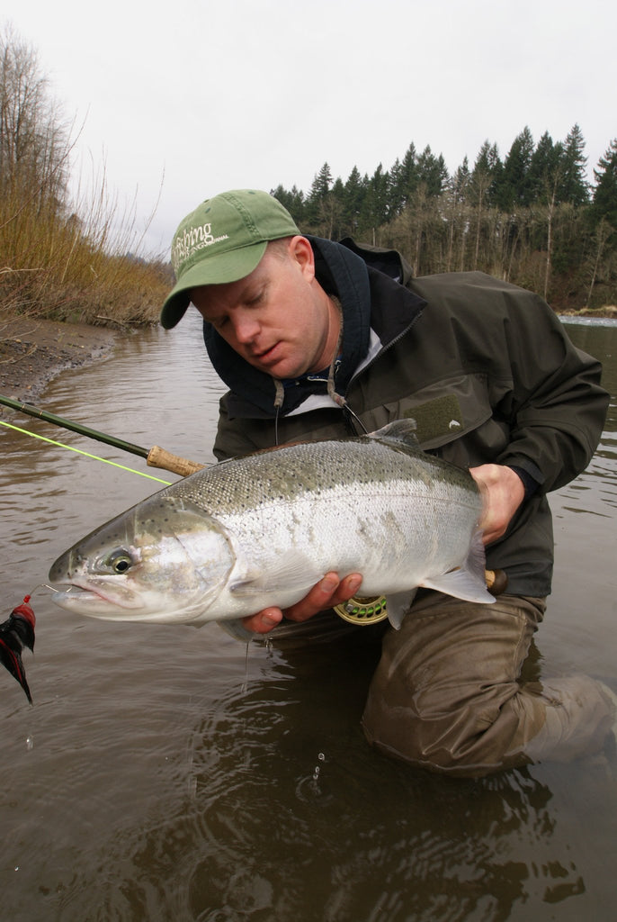 Staying Warm While Winter Steelhead Fishing