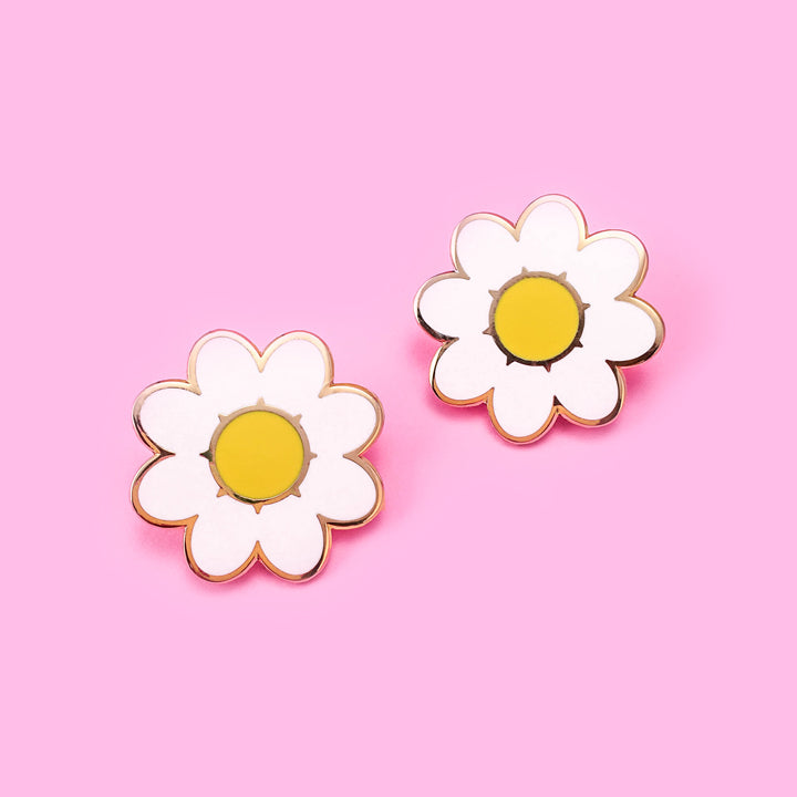 Daisies Lapel Pin Set