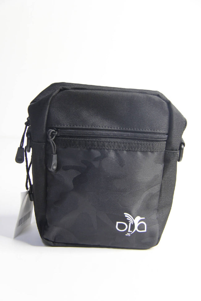 Ola Cross body Bag in Black