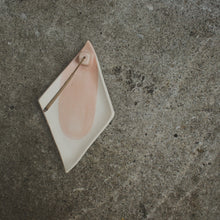 Load image into Gallery viewer, Rose Quartz Incense Holder