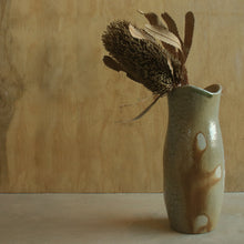 Load image into Gallery viewer, Sandy Ash Vase