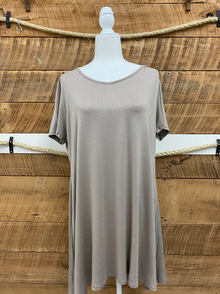 Curvy Lightweight Tunic