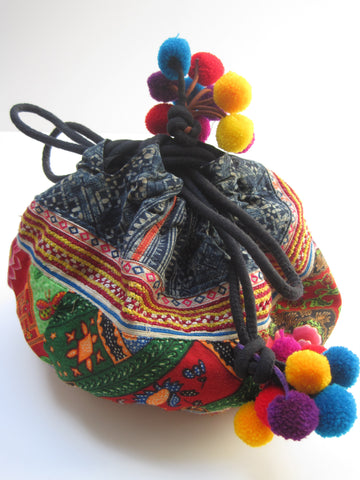 Embroidered Drawstring Pouch