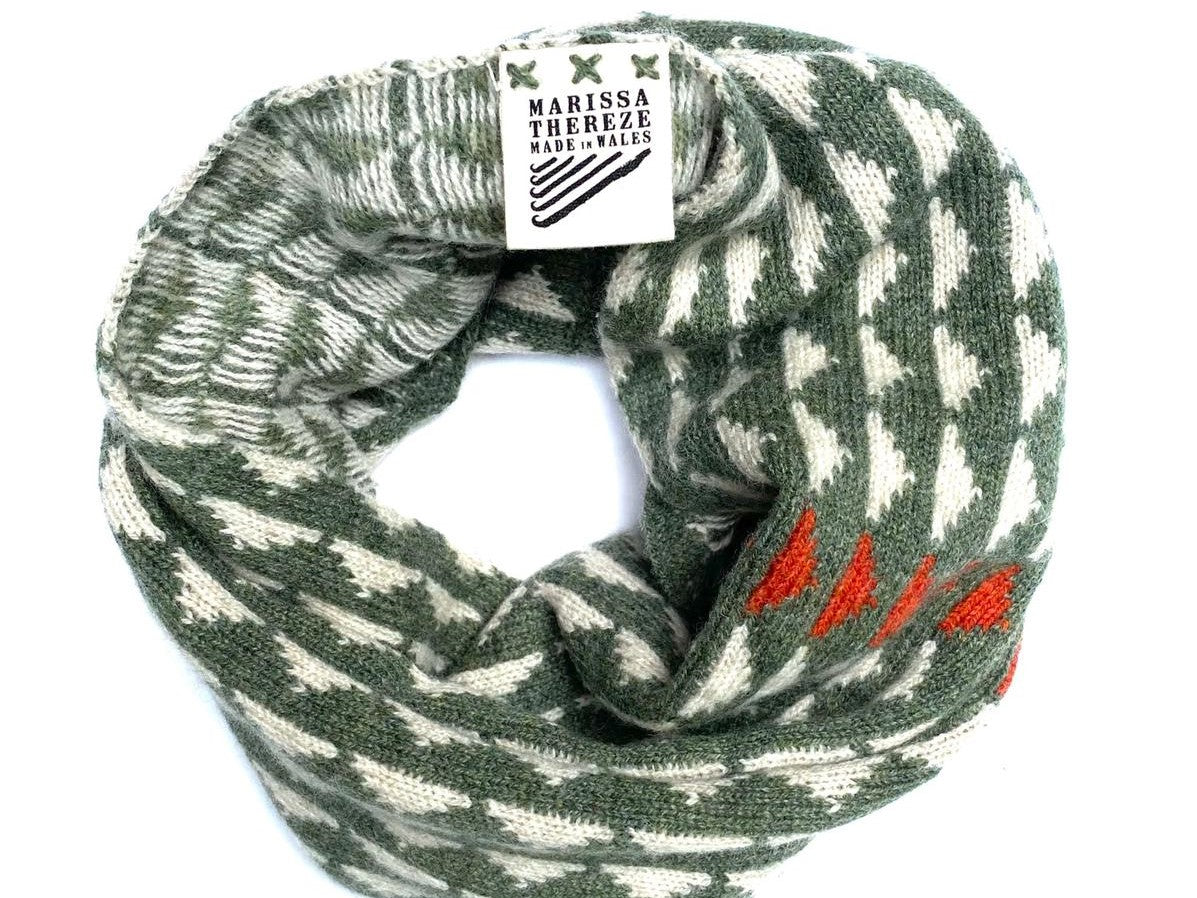 Lambswool - Merino Snood - Najavo Sea Green