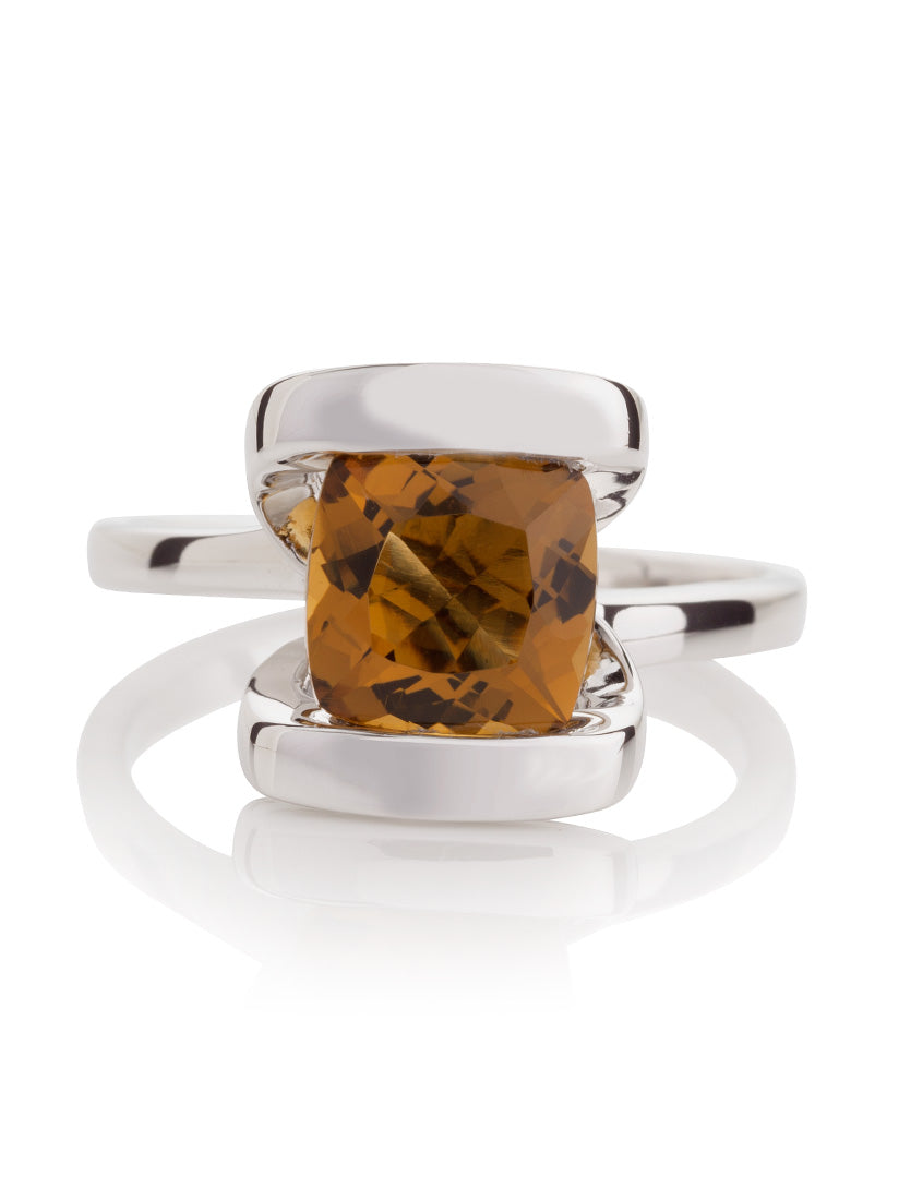 Infinity Silver Ring With Cognac Quartz