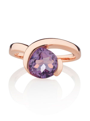 Sensual Rose gold Ring with Amethyst