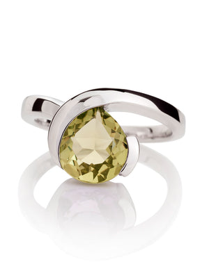 Sensual Silver ring with Lemon Quartz