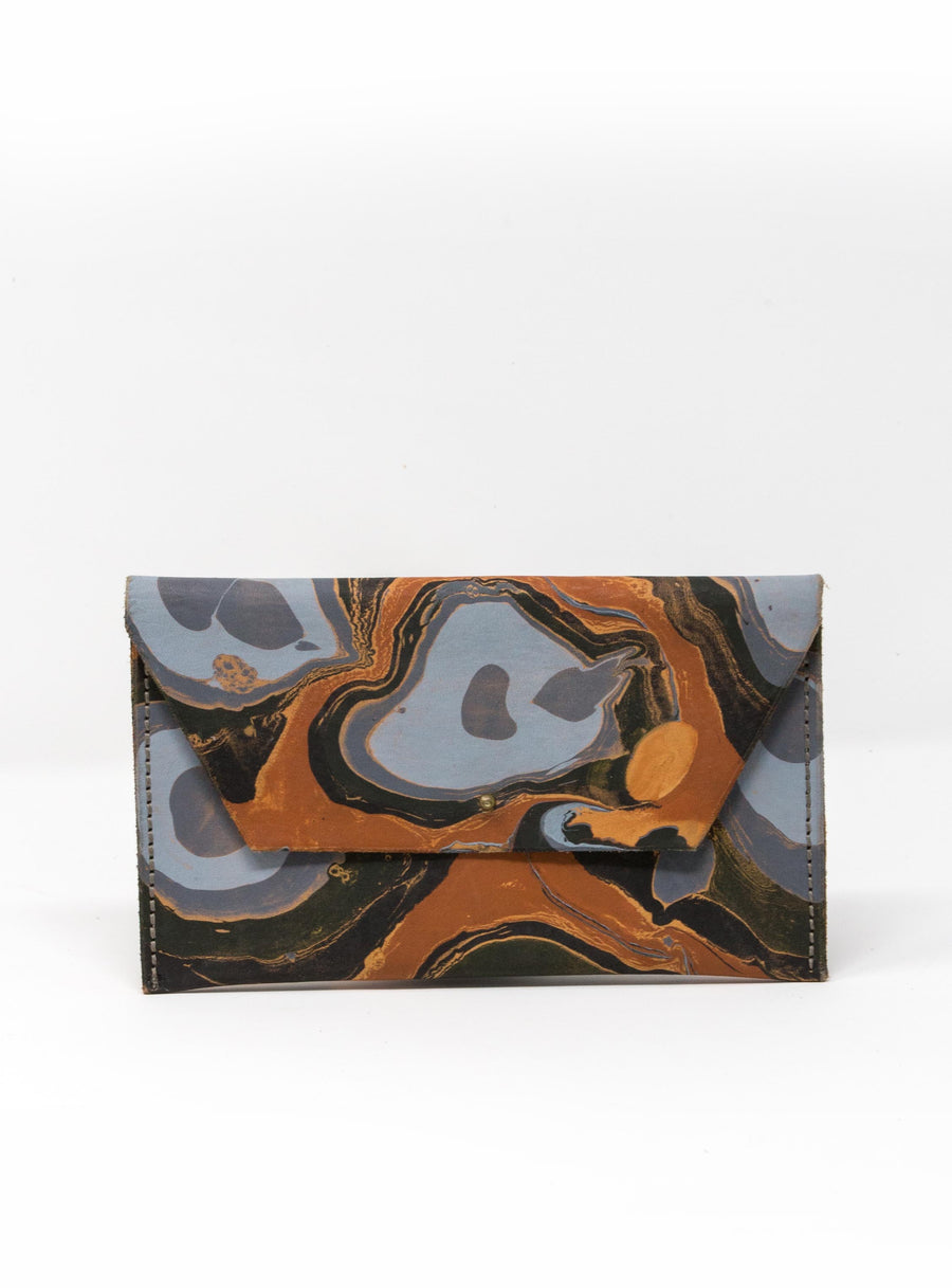 MARBLED LEATHER CLUTCH