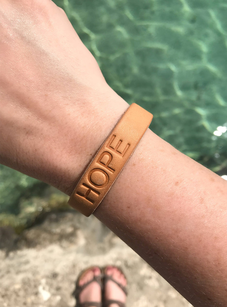 HOPE FOR HER LEATHER BRACELET