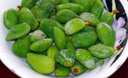 Fresh Green Almonds (Chaghaleh Badoom) 2Lbs