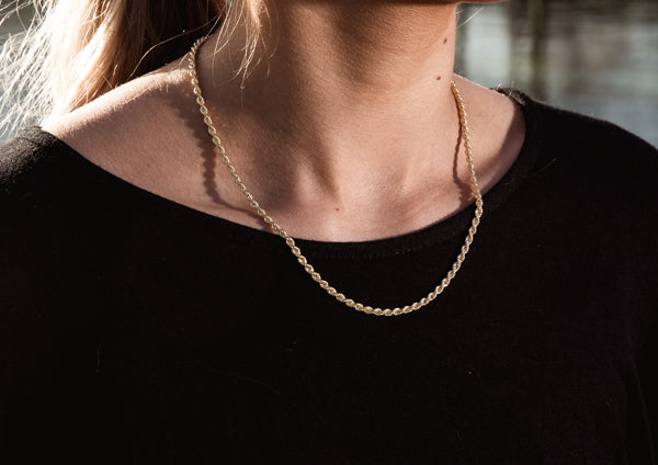 Thin 9ct Gold Rope Chain