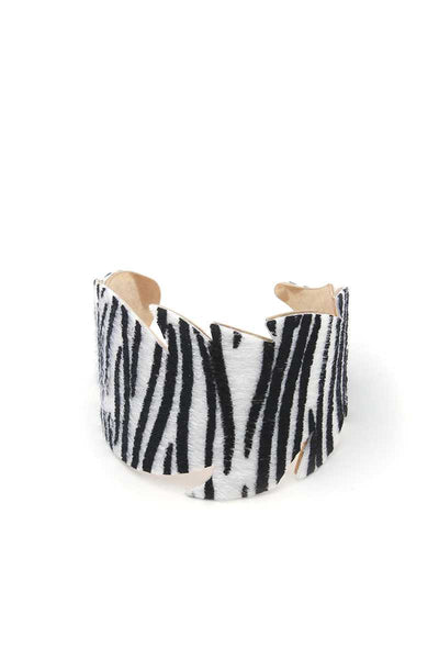 Leaf Cut Out Pattern Cuff Bracelet - Absolute Fashion 2020