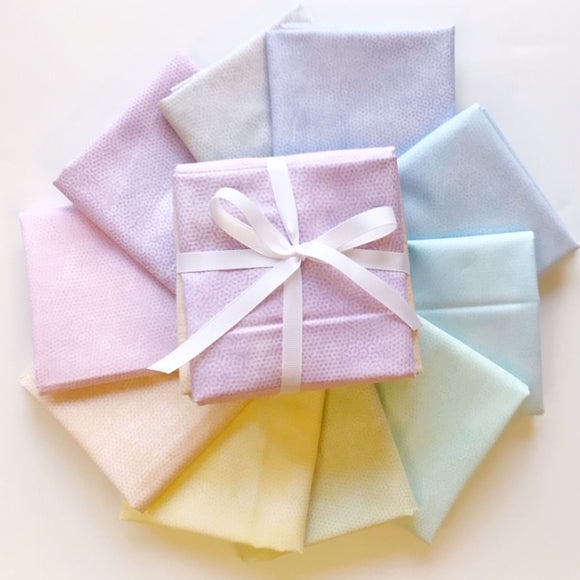 Dimple Mist 10 Fat Quarter Bundle
