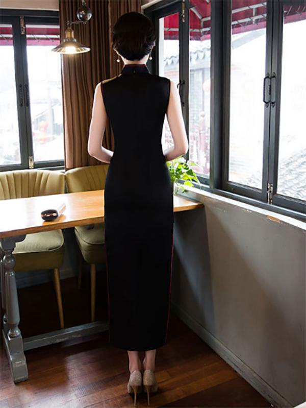 Black Hollow Embroidered Stand-collar Long Cheongsam