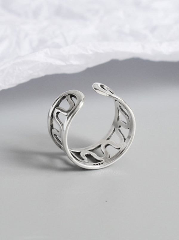 Chic Wave Ring