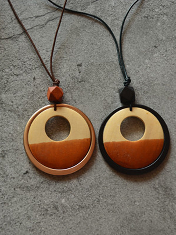 Geometric Circle Two-Color Wood Chip Long Necklace