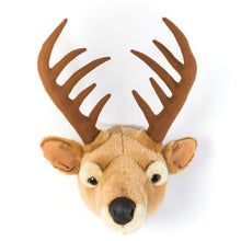 Load image into Gallery viewer, Deer Head