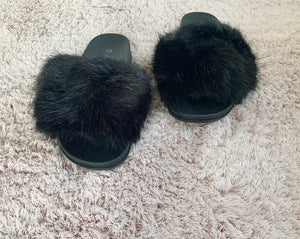 Slippers fluffy zwart