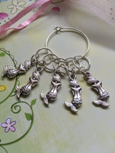 Load image into Gallery viewer, Set of 5 Mermaids Stitch Markers