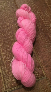 SEXY SINGLES - Superwash MCN Sock Yarn, 100g/3.5oz, Daddy's Girl