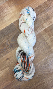 SEXY SINGLES - Superwash Merino DK/Light Worsted Yarn Wool, 300g, Subtext and Fantasy