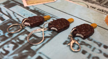 Load image into Gallery viewer, Miniature Choc Ice Stitch Marker