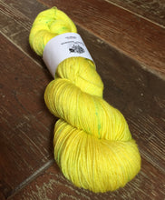 Load image into Gallery viewer, SEXY SINGLES - Superwash Merino Nylon Platinum Sock Yarn, 100g/3.5oz, Toxic