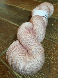 Superwash Merino Nylon Platinum Sock Yarn, 100g/3.5oz, Diva