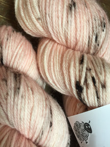 Superwash Merino DK/Light Worsted Yarn Wool, 100g/3.5oz, Baby Cheeks