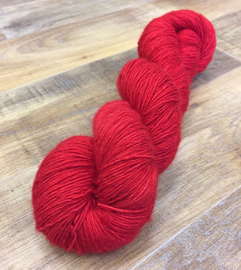 Superwash Merino Single Ply Fingering Yarn, 100g/3.5oz, Semi Solid, Bloody Mary
