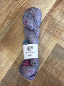 Superwash Merino Nylon Titanium Sock Yarn, 100g/3.5oz, Starstruck
