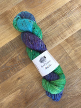 Load image into Gallery viewer, Superwash Bluefaced Leicester Donegal Nep Sock Yarn, 100g/3.5oz, Teenage Kicks