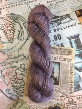 Load image into Gallery viewer, Non Superwash Wensleydale British Wool, DK Light Worsted Yarn, 100g/3.5oz, Dorian