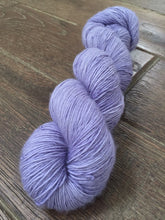 Load image into Gallery viewer, Superwash Merino Single Ply Fingering Yarn, 100g/3.5oz, Lady Susan, Lilac, Semi Solid