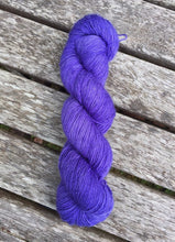Load image into Gallery viewer, Superwash Merino Single Ply Fingering Yarn, 100g/3.5oz, Serendipity, Hyacinth Purple, Semi Solid