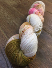 Load image into Gallery viewer, Superwash Bluefaced Leicester Nylon Ultimate Sock Yarn, 100g/3.5oz, Silly Heart