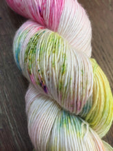 Load image into Gallery viewer, Superwash Merino Single Ply Fingering Yarn, 100g/3.5oz, Look at the Flowers