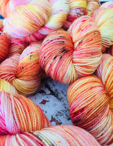 Superwash Merino Nylon Titanium Sock Yarn, 100g/3.5oz, That's My Peach