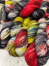 Load image into Gallery viewer, Superwash Merino DK/Light Worsted Yarn Wool, 100g/3.5oz, Be Kind