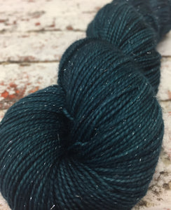 Superwash Silver Sparkle Sock Yarn, 100g/3.5oz, Malice Through The Looking Glass
