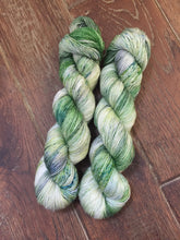 Load image into Gallery viewer, Superwash Merino Single Ply Fingering Yarn, 100g/3.5oz, Tell it to the Frogs