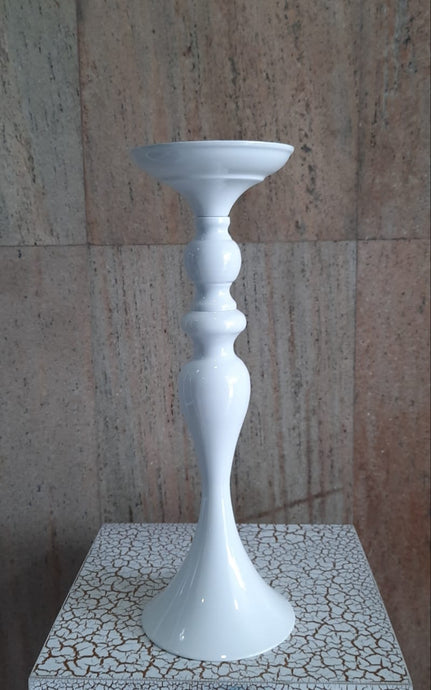 40cm Brass Candle Stand (White) - Green Gardens Mihiliya (Pvt) Ltd