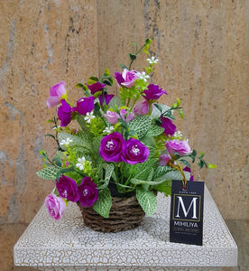 Artificial Flower Arrangement (h:25cm w:18cm)
