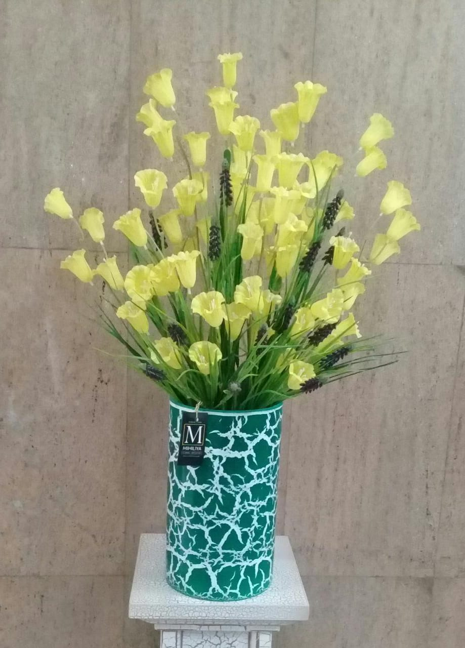 Artificial Floral Arrangement (h:80cm, w:48cm)